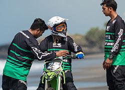 バリ ダートバイク1