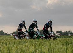 バリ ダートバイク2