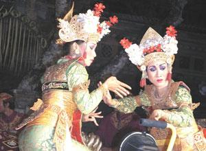 バリ島舞踊 チャンドラ・ウィラブアナ3