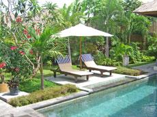 プール&ガーデン