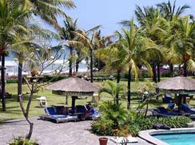 バリ マンディラ ビーチ リゾート
