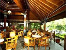 Taman Sari ガーデンレストラン