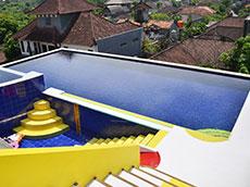 屋上スイミングプール