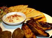 焼きナスとフェタチーズ