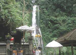 ギッギッの滝2