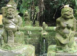 バトゥカル寺院4