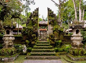グヌンルバ寺院3