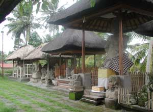 クボ エダン寺院3