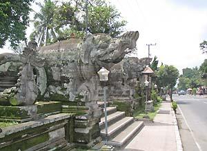 プナタラン サシ寺院2