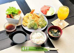 昼食 & 夕食