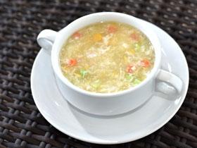 シーフードとコーンのスープ