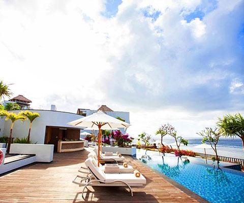 バリ島 サマベ バリ島サマベでは贅沢な時間を過ごすことが出来ます