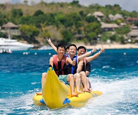 バナナボートは遊び放題