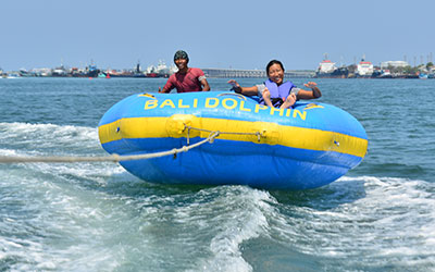 至福のバリ島観光 厳選マリンスポーツ ドーナツチュービング 画像