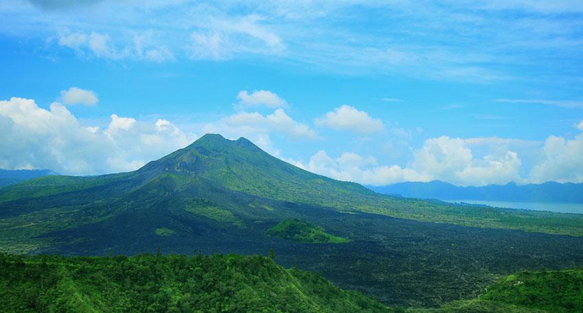 バリ随一の景勝地キンタマーニ高原