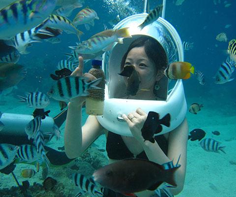 レンボンガン島の海でマリンウォークを楽しみましょう