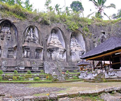バリ島中部にある世界遺産を巡ります