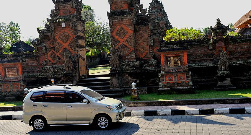 素朴な景色とリゾートが混合するバリ島
