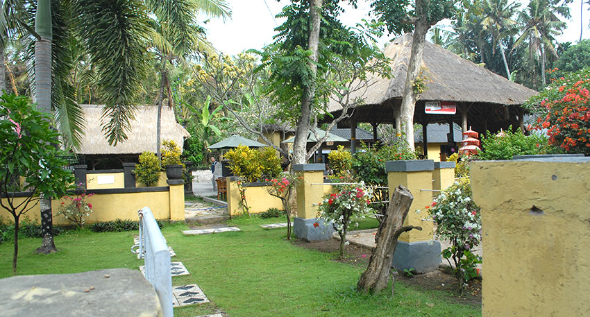 バリ島の伝統的な雰囲気の受付