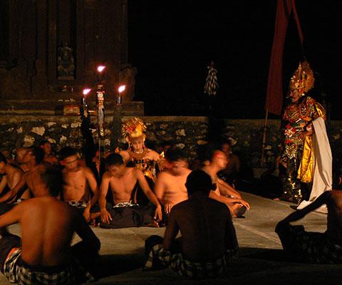 お得にタナロット寺院観光をご満喫いただけます