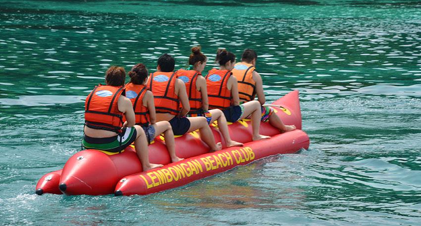 爽快に楽しめるバナナボート