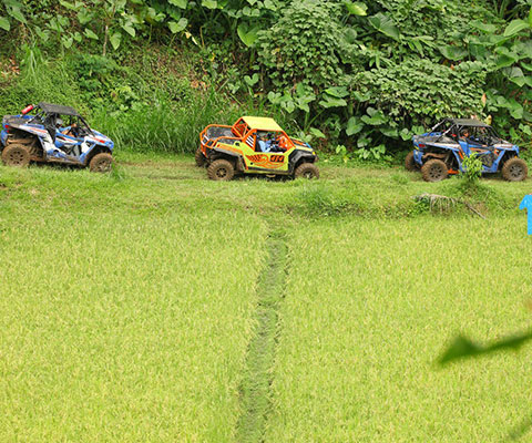 バリ島の大自然をUTVで駆け抜けましょう